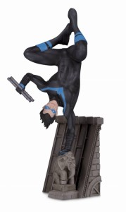 BATMAN FAMILY NIGHTWING MULTI PART STATUE