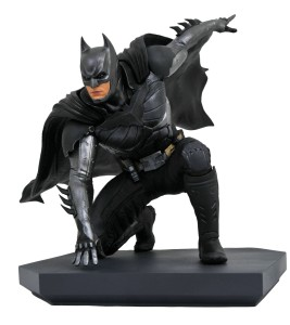 DC GALLERY INJUSTICE 2 BATMAN PVC STATUE