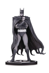 BATMAN BLACK & WHITE BY BRIAN BOLLAND STATUE